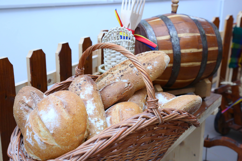Cosul cu paini paine cu maia