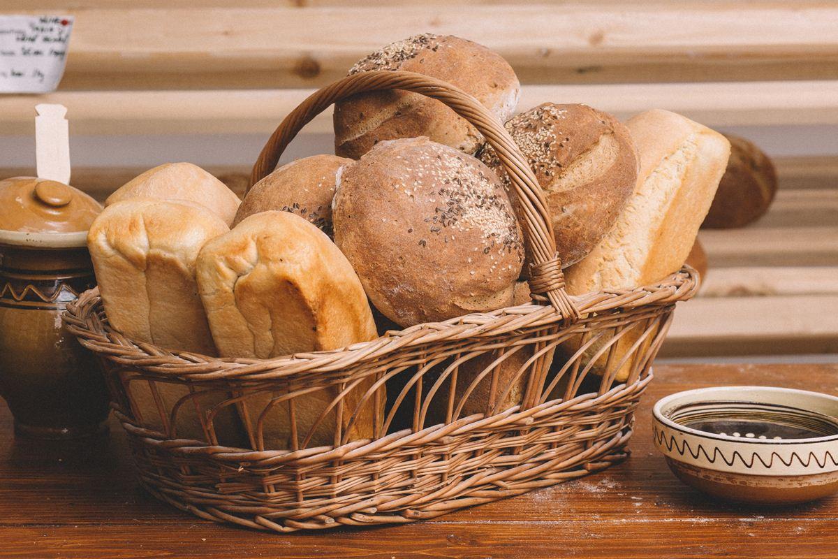 Cosul cu paini